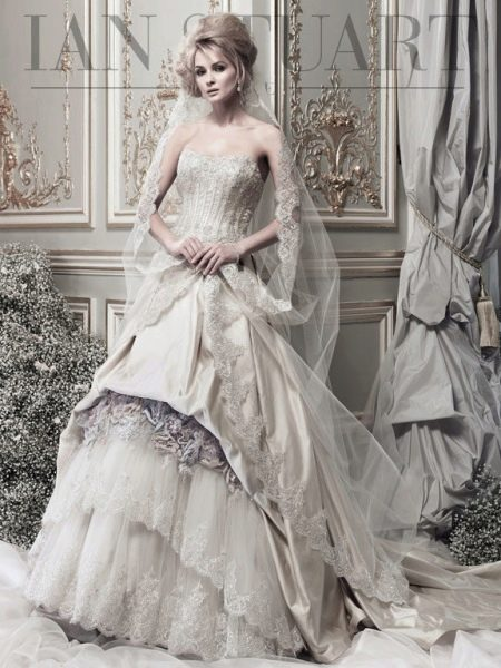 Свадебное платье от Ian Stuart