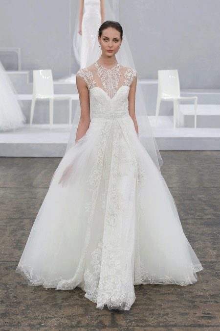 Свадебное платье от Monique Lhuillier пышное