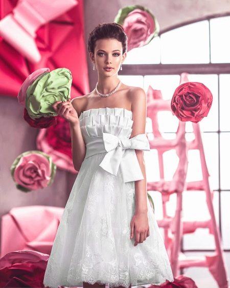 Свадебное платье с оборками для прямоугольной фигуры
