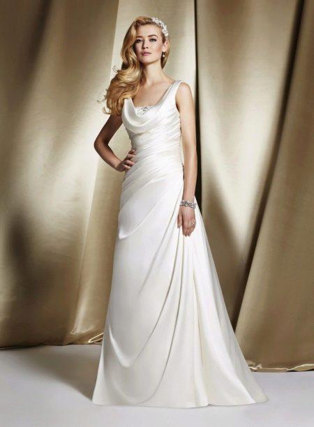 Свадебное платье с вырезом качели