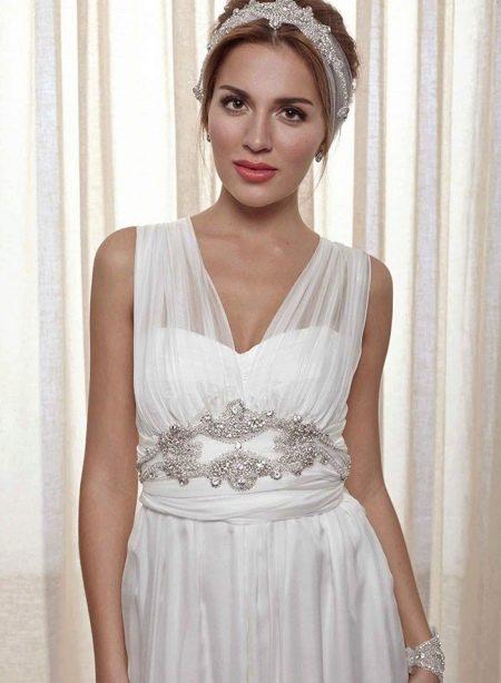 Свадебное платье закрытое с прозрачными бретелями