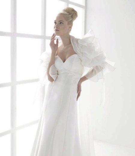 Свадебное болеро с пышными рукавами