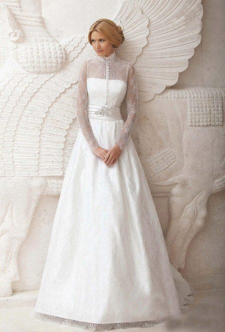 Свадебное закрытое платье с длинными рукавами