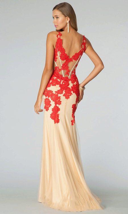 Вечернее платье бежевое с красным
