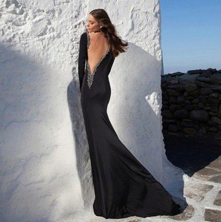 Вечернее платье от Tarik Ediz с открытой спиной