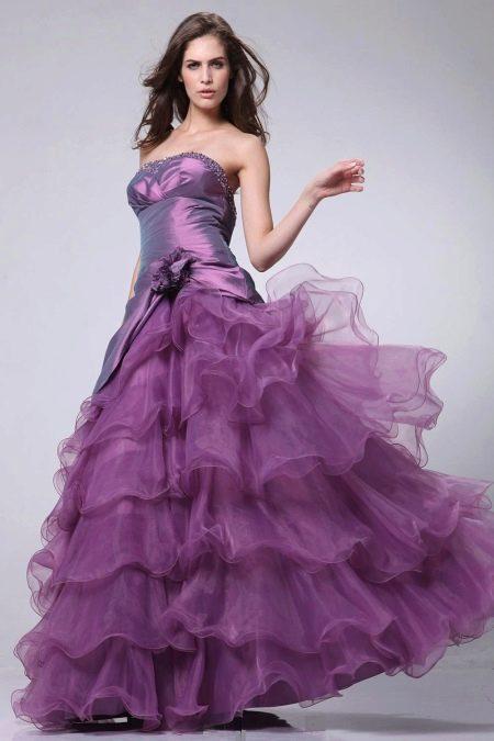Сиреневое вечернее платье в стиле принцесса