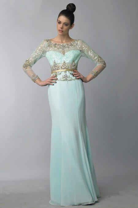 Вечернее платье мятного цвета с пастельными нотками