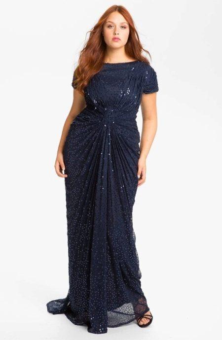 Вечернее платье с драпировкой для полных