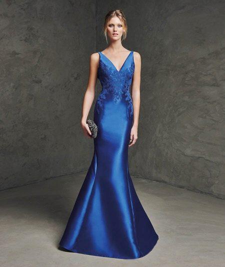 Вечернее платье русалка из атласа