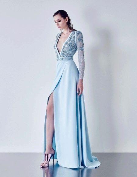 Вечернее платье в пол с рукавами голубое