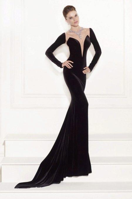 Вечернее платье в пол с рукавами с глубоким вырезом