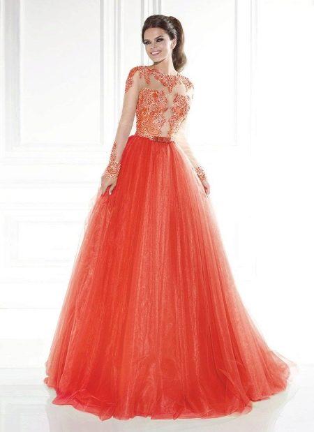 Вечернее оранжевое платье в пол с рукавами