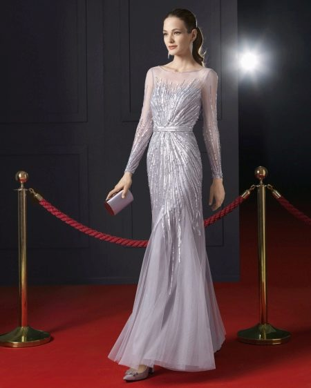 Вечернее платье в пол с рукавами от Роса Клара