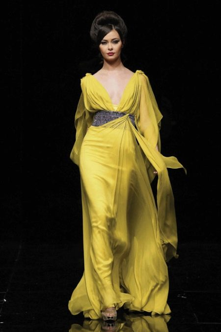 Платье вечернее желтое в греческом стиле