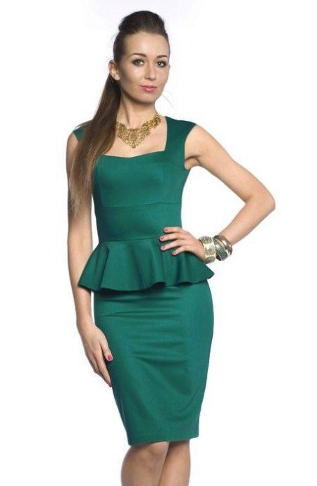 зеленое вечернее платье футляр с баской