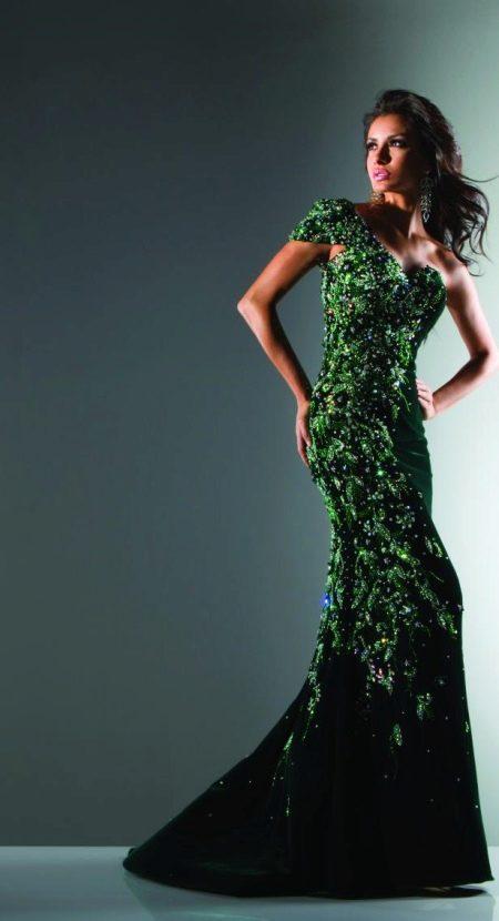 Вечернее зеленое платье со стразами