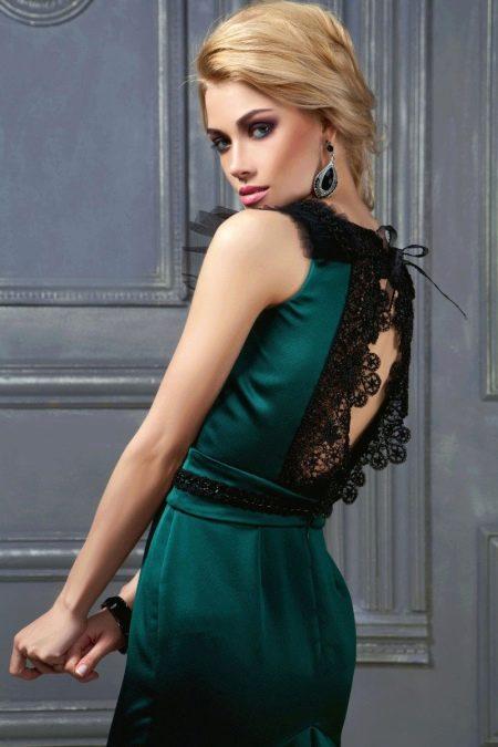 Вечернее зеленое платье с кружевом на спине