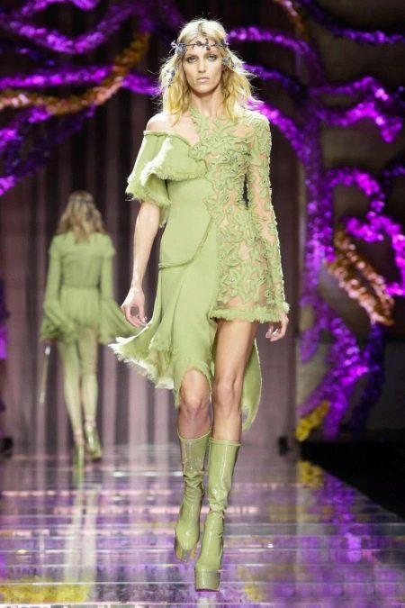 Короткое вечернее зеленое платье с кружевной вставкой