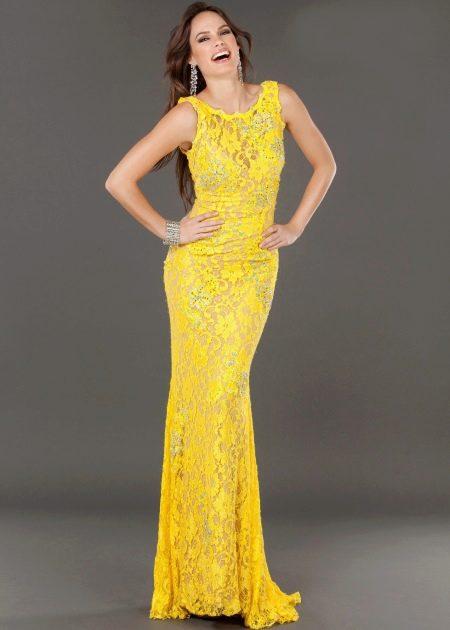 Вечернее платье кружевное желтое