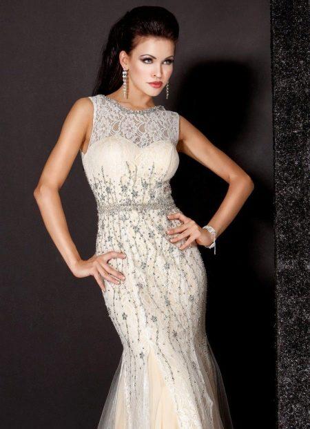 Вечернее платье с вышивкой от Джованни