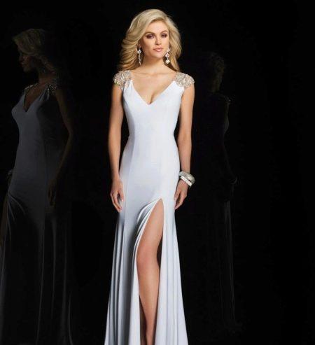 Вечернее белое платье от Тони Боулс