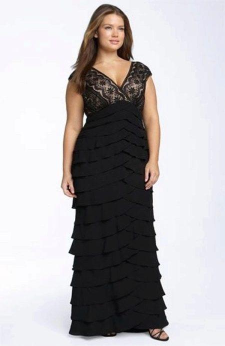 Вечернее платье для полных черное с многослойной юбкой