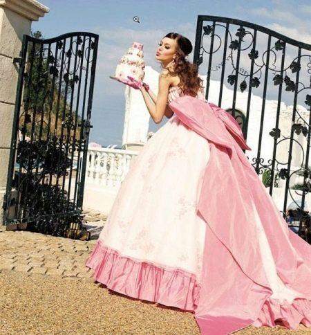 Цветное свадебное платье в стиле барби