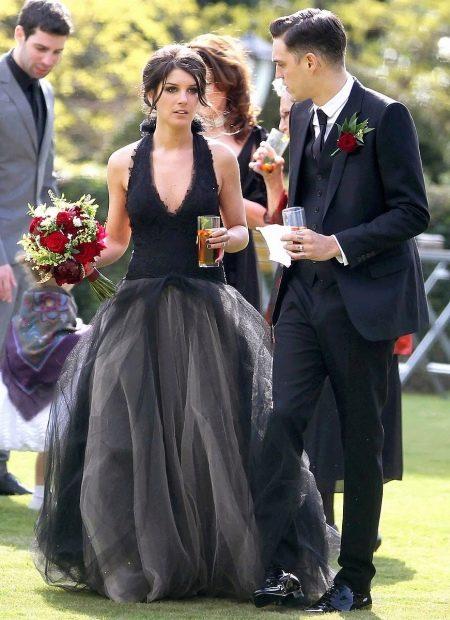 Свадебное черное платье звезд