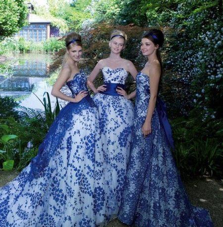 Свадебные платья с синим цветочным принтом