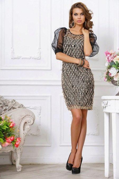 Короткое вечернее платье с рукавом дешевое