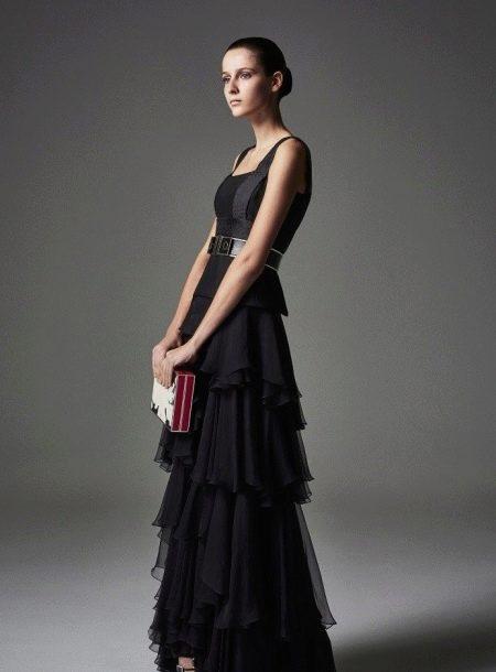 Вечернее платье от Alexander Mcqueen с многоярусной юбкой