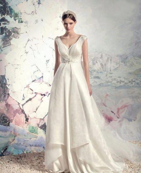 Свадебное платье в стиле ампир атласное