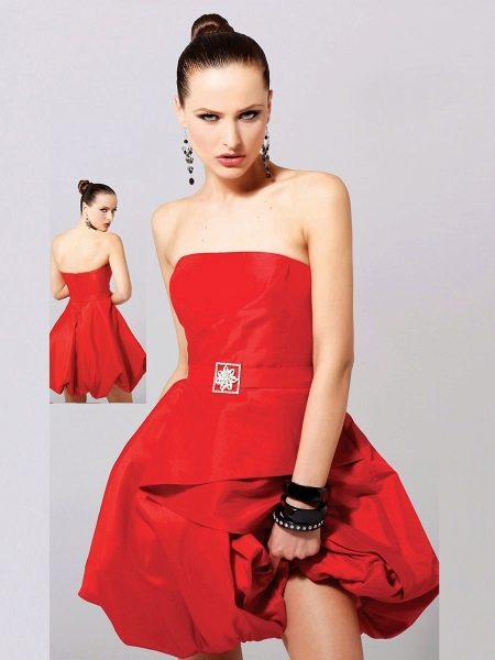 Вечернее платье с юбкой баллон