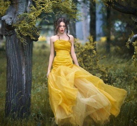 Пышное вечернее платье из шифона
