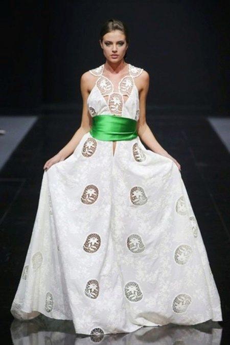 Вечернее хлопковое платье белое с кружевными вставками