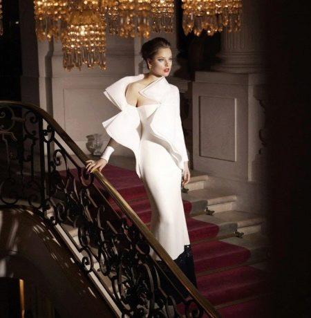 Вечернее красивое платье белое