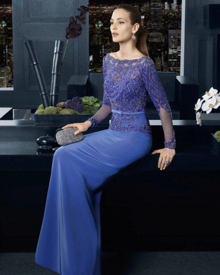 Вечернее синее платье с кружевом