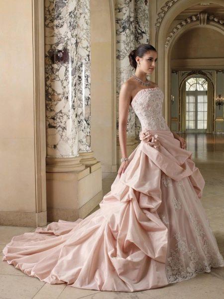 Свадебное платье с корсетом розовое