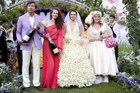 Свадебное платье Сати Казановой
