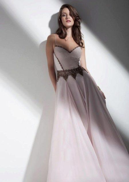 Вечернее платье с корсетом и не пышной юбкой