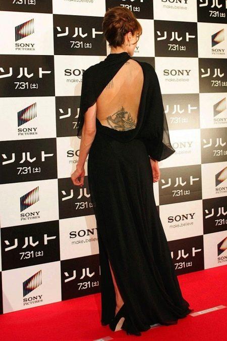 Вечернее платье Анжелины Джоли