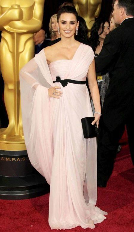 Вечернее платье Пенелопы Крус