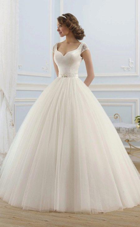 Свадебное платье пышное из коллекции ROMANCE от Naviblue Bridal