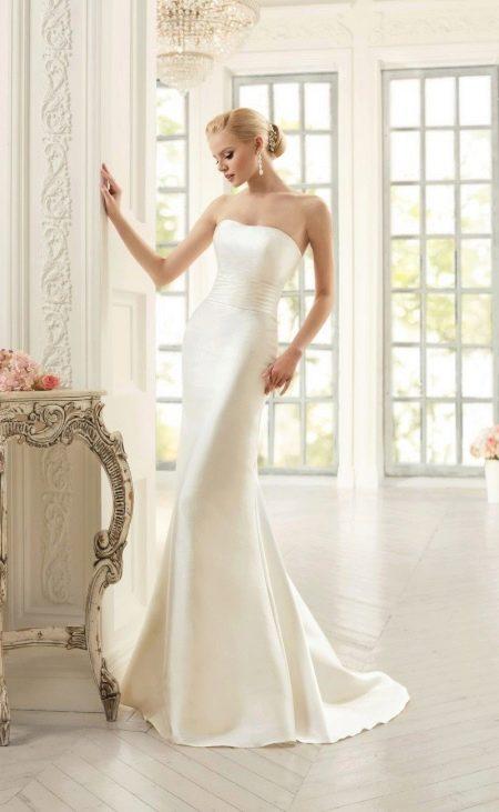 Свадебное платье прямое от Навиблю