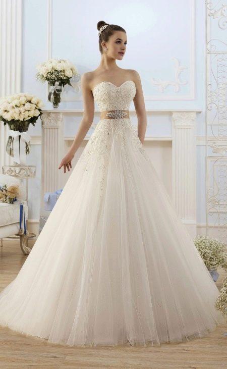 Свадебное платье а-силуэта от Naviblue Bridal