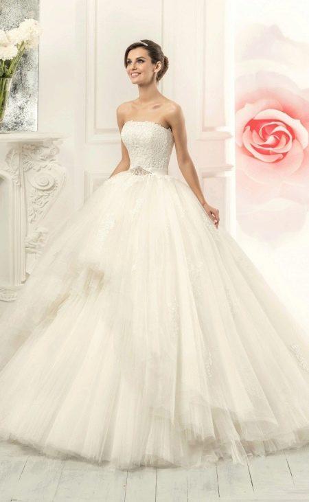 Свадебное платье в стиле принцесса от Навиблю