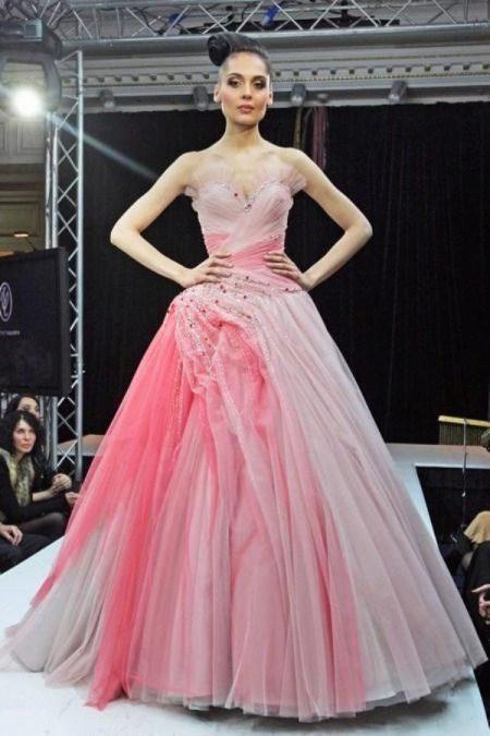 Оттенки розового свадебного платья