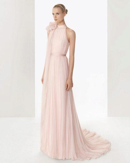 Прямое розовое свадебное платье