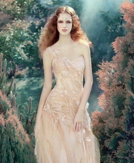Свадебное платье персикового оттенка айвори