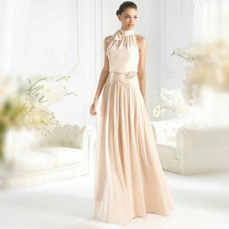Свадебное платье цвета айвори с американской проймой
